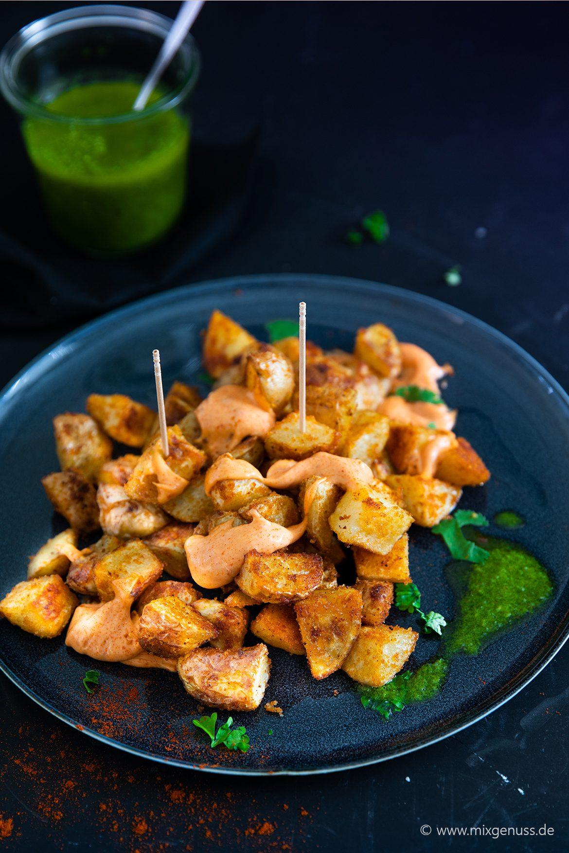 Patatas Bravas mit 2 Saucen